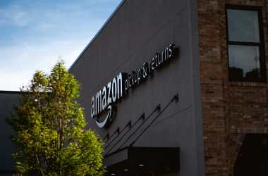 amazon office changes stance on remote work