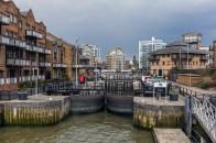 Walking on Thames 003