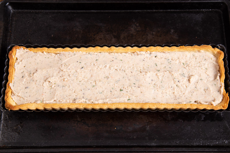 Vegan creamy white bean tart Filling with smoked garlic and thyme