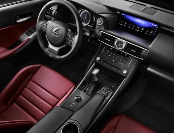 2018 Lexus IS interior