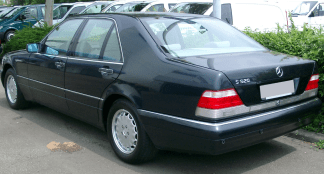 Mercedes-Benz W140 exterior rear