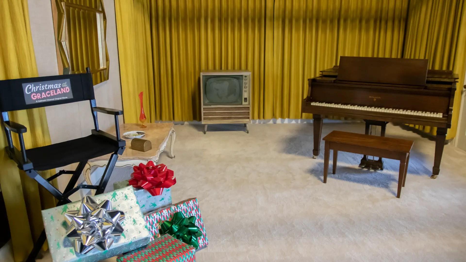 Graceland Sized_-108