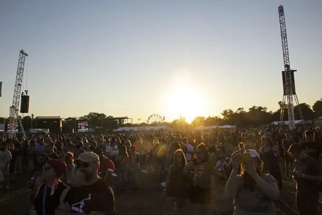 2021-09-16-riotfest-10
