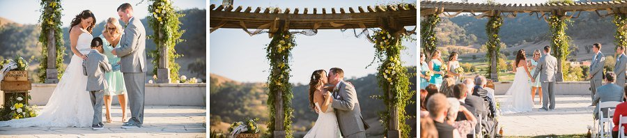 Jen_and_Paul_Winery_Wedding_Venue_0034.jpg
