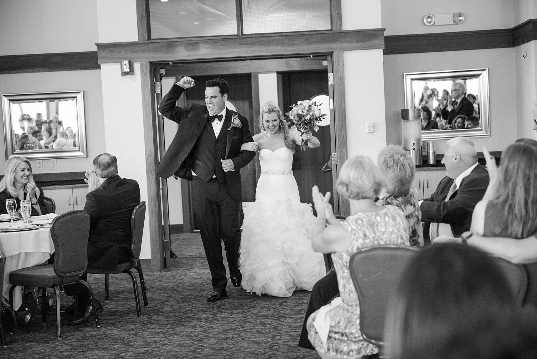 Christine & Josh Seattle Washington Snoqualmie Ridge Country Club Wedding_0094
