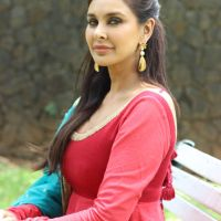 Lisa Ray top 10 sexy pictures