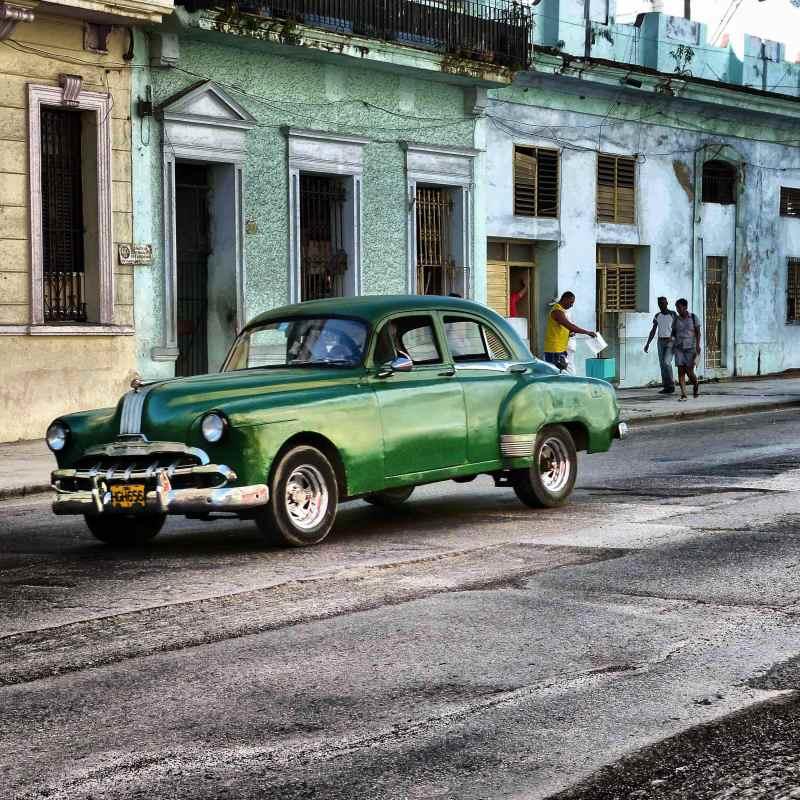 Vintage American cars in Havana