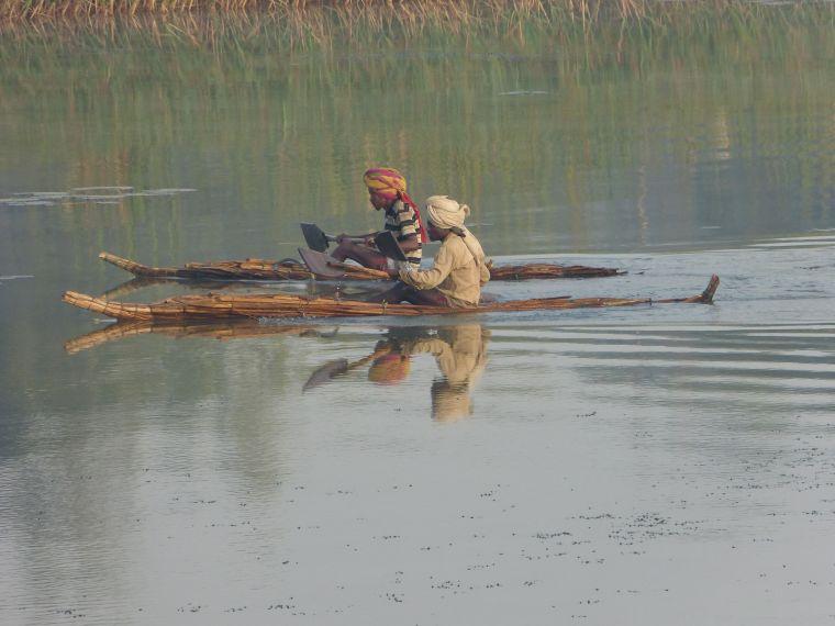 Fisherman on papyrus boats in Bahir Dar
