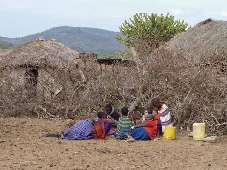 http://thirdeyemom.com/2015/10/25/learning-the-art-of-making-maasai-jewelry-in-tanzania/