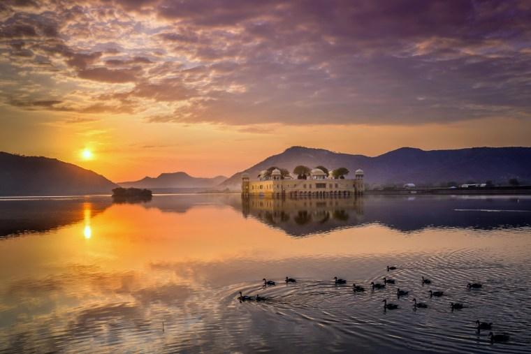 The breathtaking Jaipur Jal Maha. Photo credit: Bloom & Give