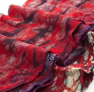 The Red Sari scarf