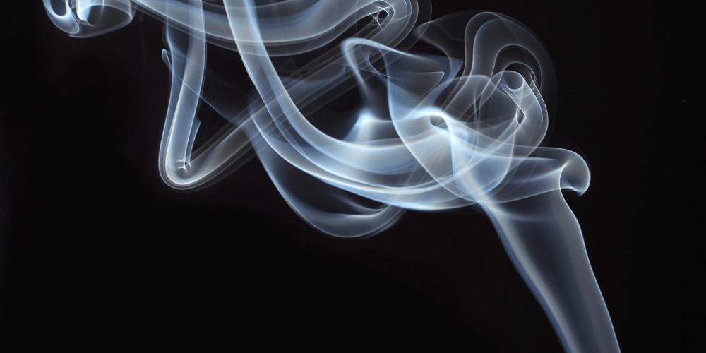palo santo smoke image from unsplash