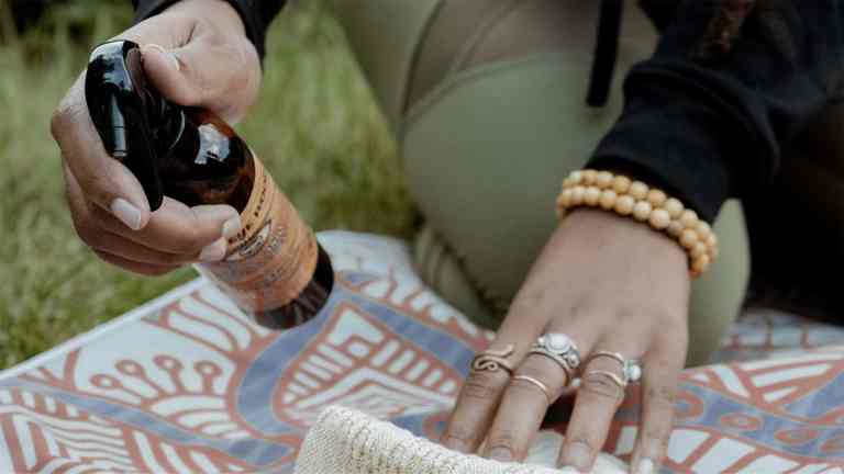 palo santo yoga mat cleaner spray from third eye wood
