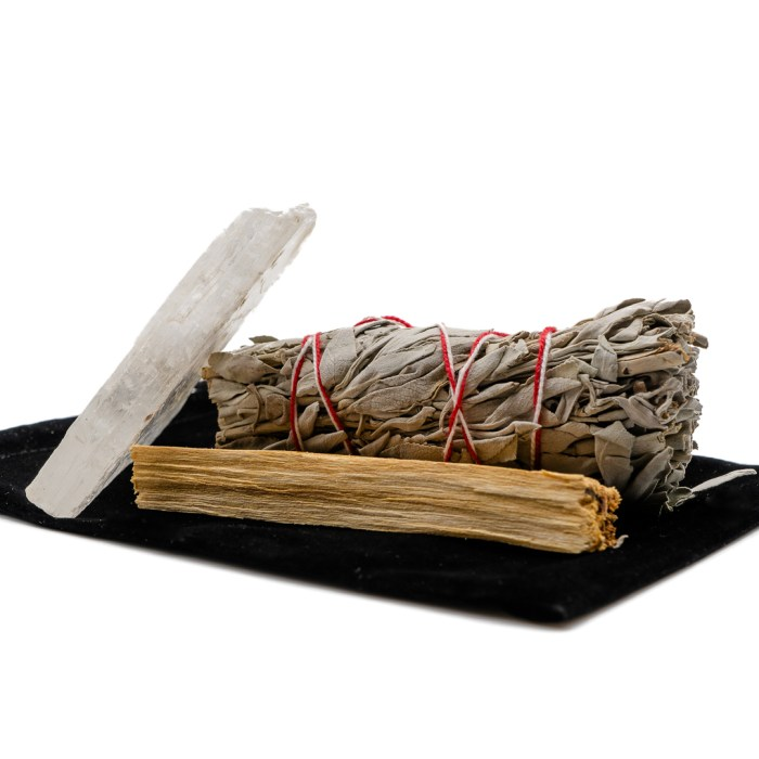 cleansing trio product containing sage selenite and palo santo