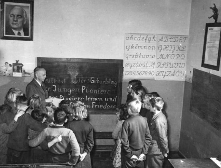 Hohendorf, JP mit Dorflehrer