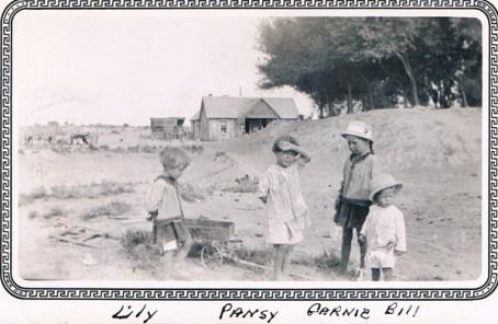 Wineglass: Lily, Pansy, Garnie, Bill - Early 1920's