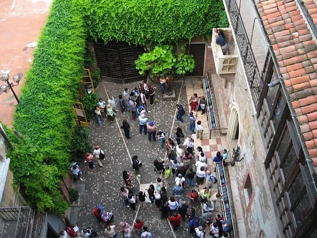 Juliet's House courtyard, Verona
