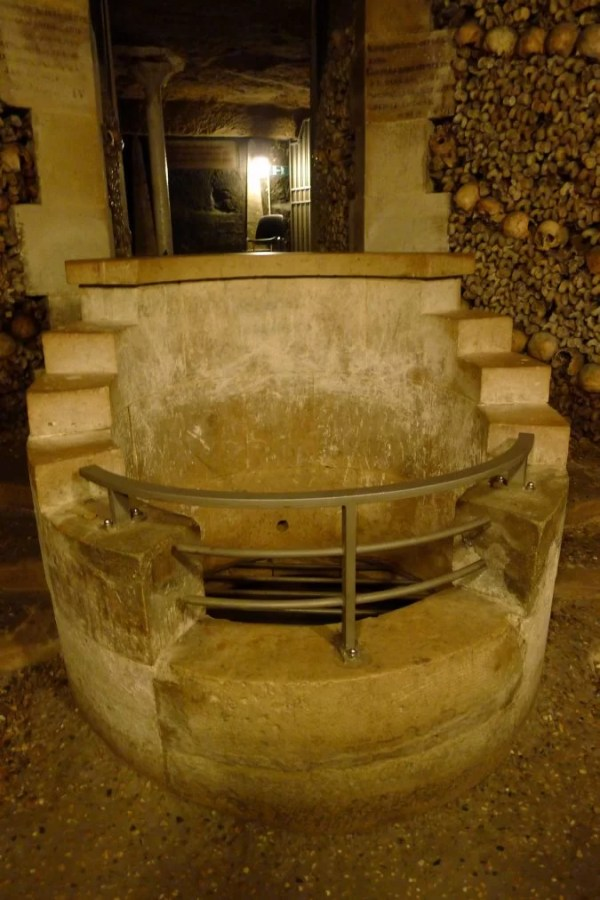 catacombs fountain