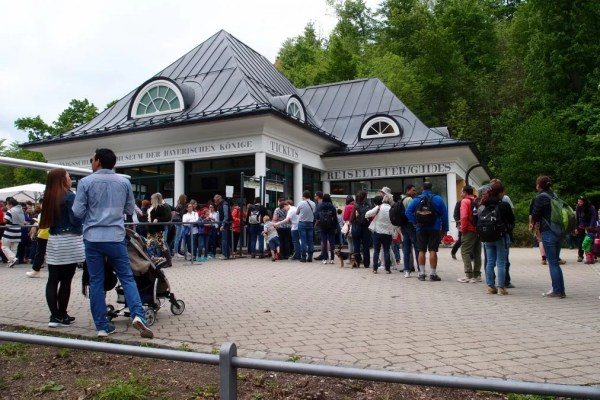 line up for tickets at Hohenschwangau village