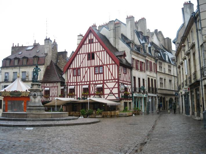 Place Francois Rude, Dijon, France
