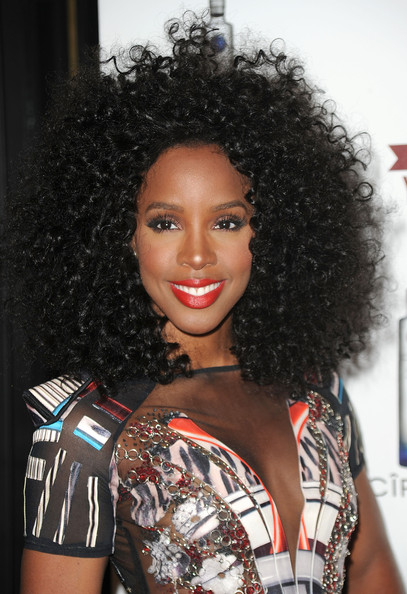 Kelly Rowland Natural Texture Curly Hairstyle
