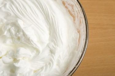 ケーキのクリームの絞り方のポイント。デコレーションのコツ