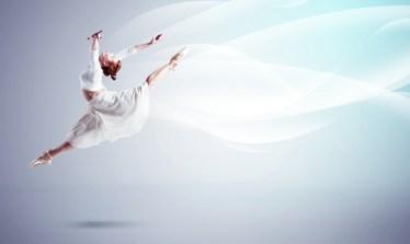 バレエの柔軟は体をグイグイ押されて涙が出るほど痛い!