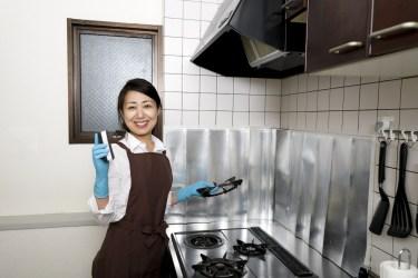 しつこい嫌な油汚れ!キッチンについた油汚れの落とし方について