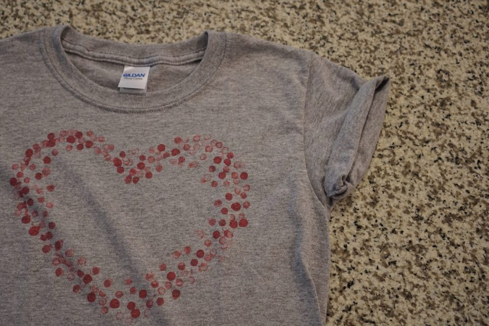 (DIY) Valentine's Day T-Shirt