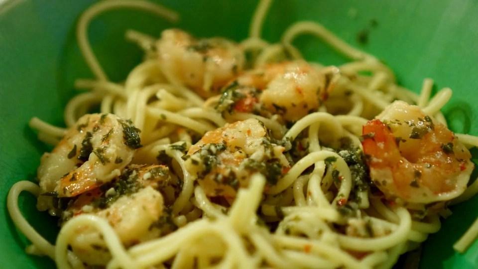 An Easy Way to Make Shrimp Scampi