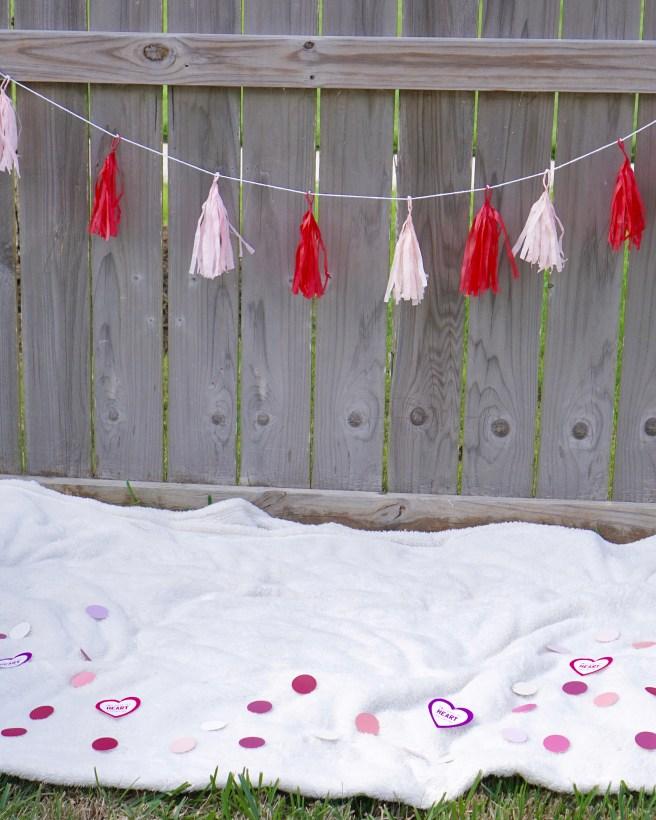 Outdoor Valentine's Day Photo Shoot