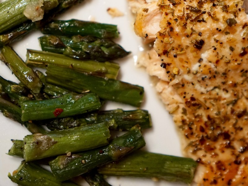 Quick, Healthy, Tasty Broiled Salmon