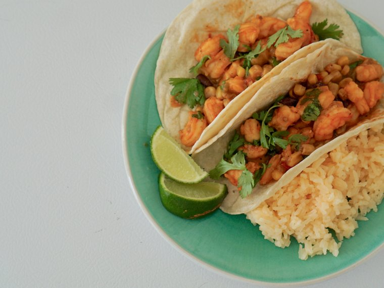 Delicious Shrimp with Peppery Sweet Corn Salsa Tacos