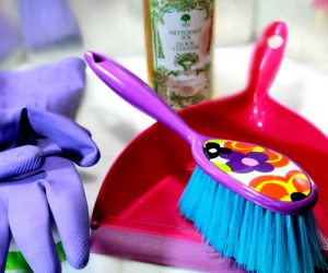 Housekeeping Tips & Printable Checklist for a Super Clean House