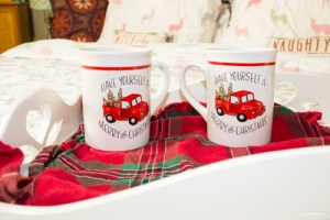 5 Easy Ways to Bring Christmas Cheer to Any Bedroom