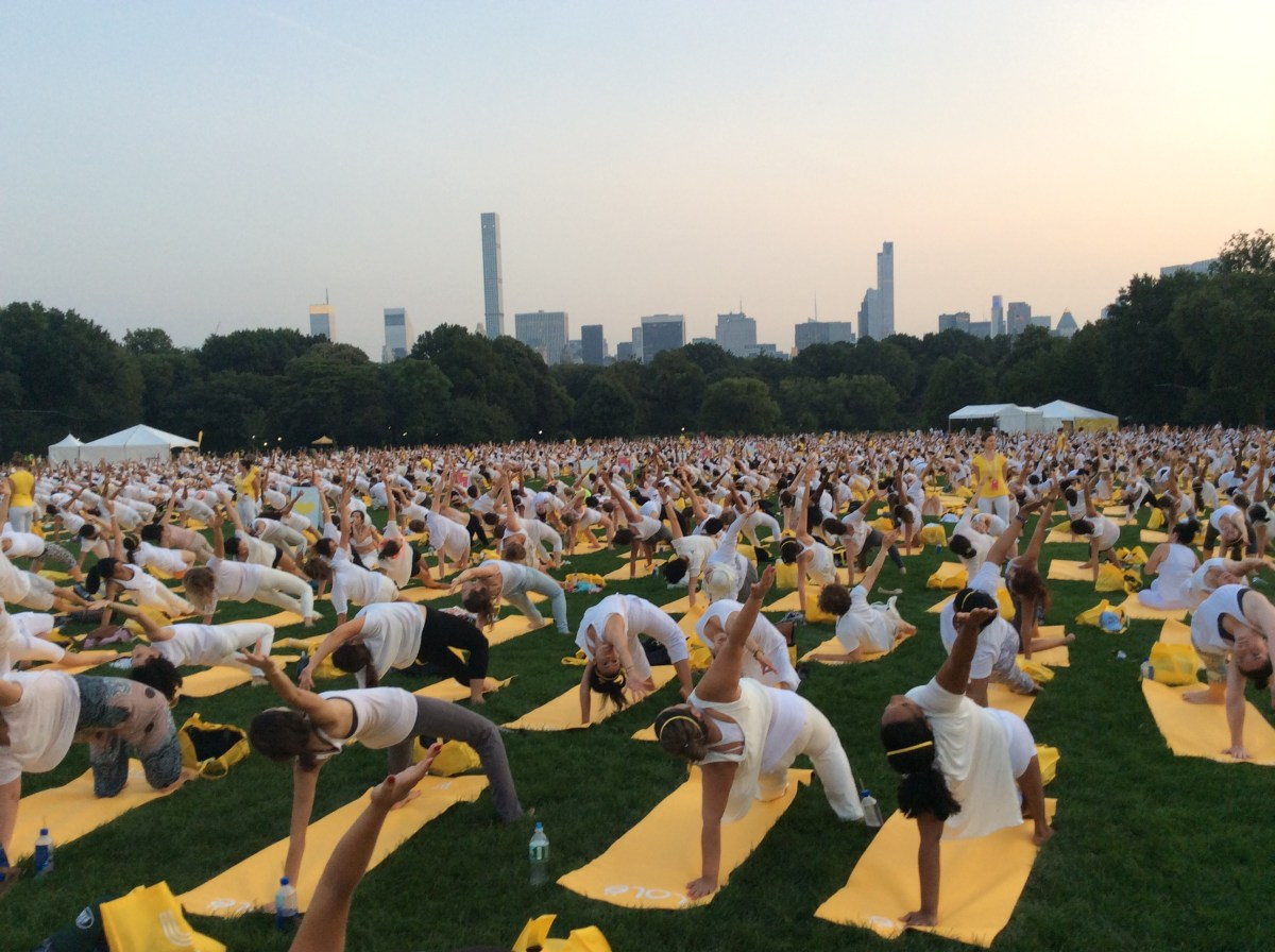 yoga in central park, new york city