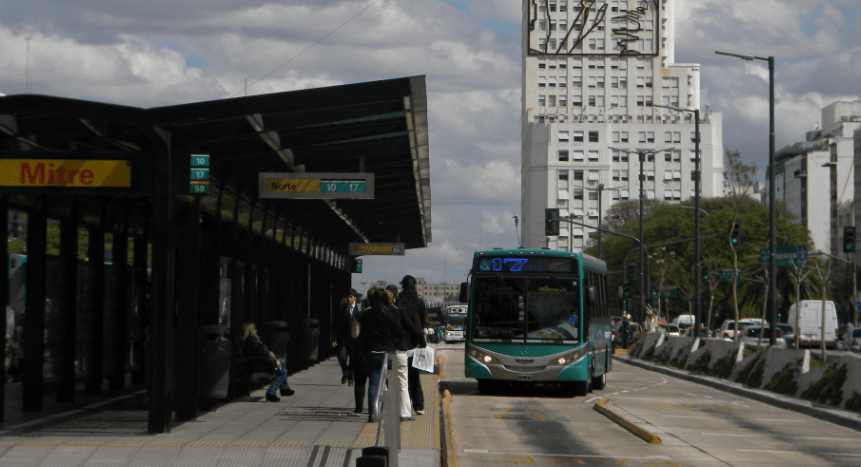 Buenos Aires Metrobus Evita