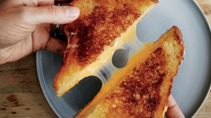 best-ever-grilled-cheese - 20 Cheap Dinner Ideas for When You Are Skint on Money, Food, or Time- This Blended Home of Mine