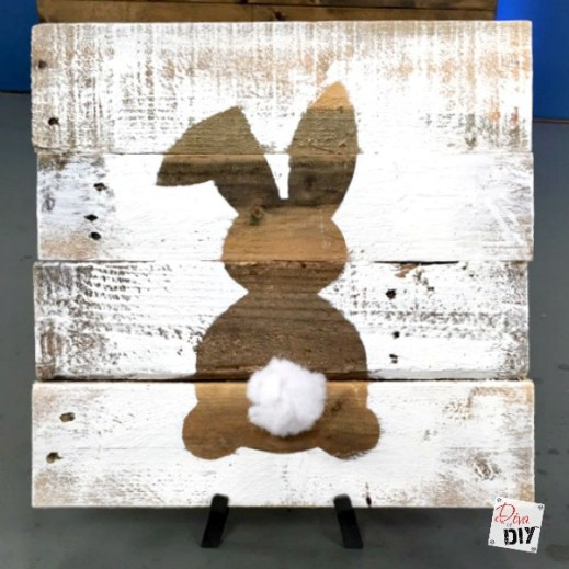 Easy DIY Easter Decorations - easter-bunny-decoration-sign