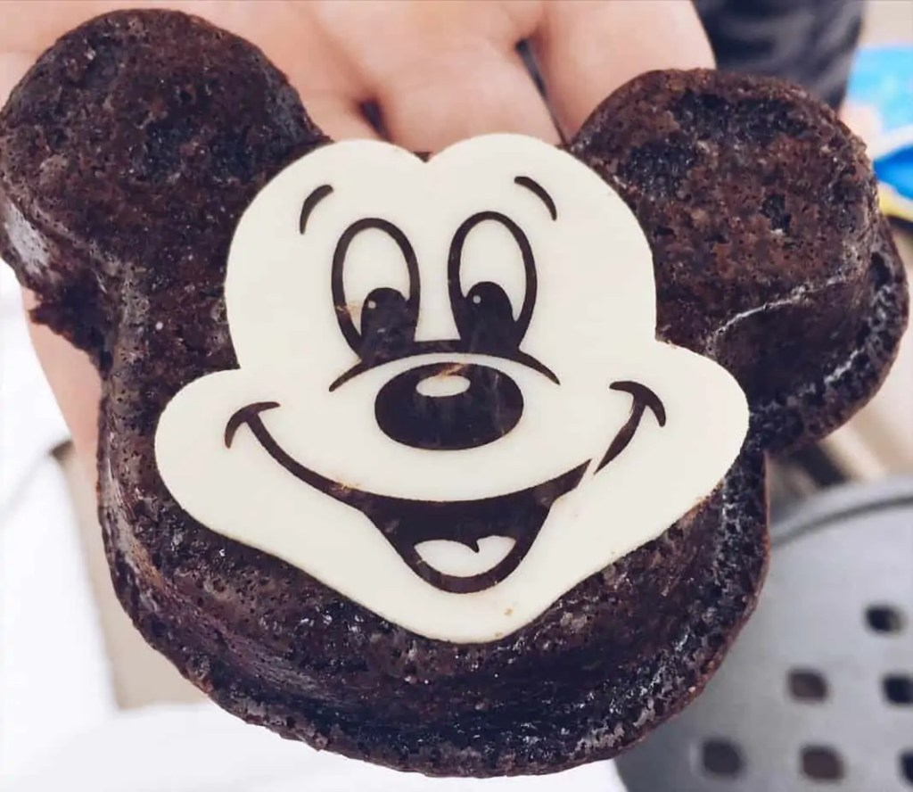 mickey brownie disney aulani