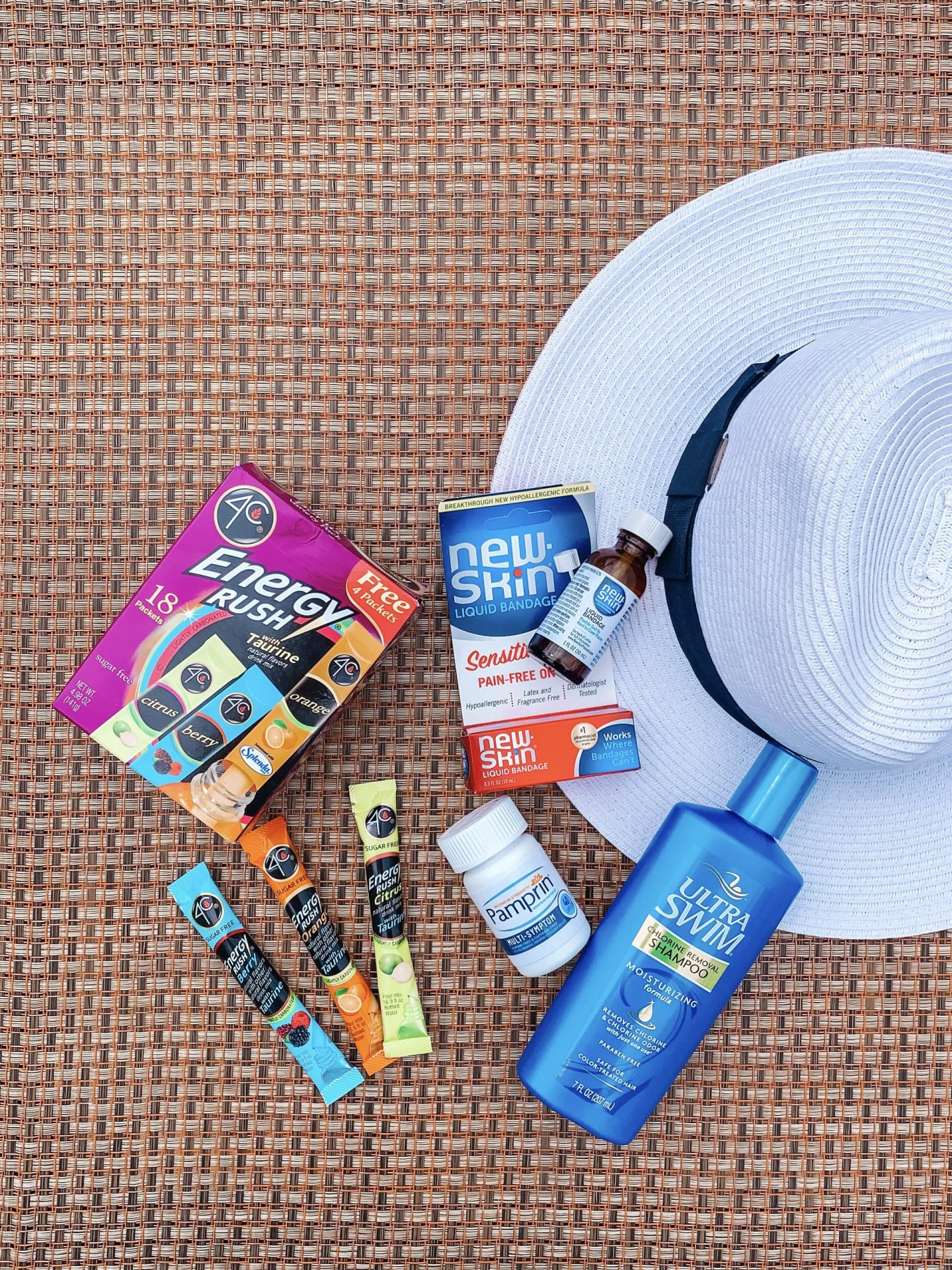 Summer Essentials for the On-The-Go Mama