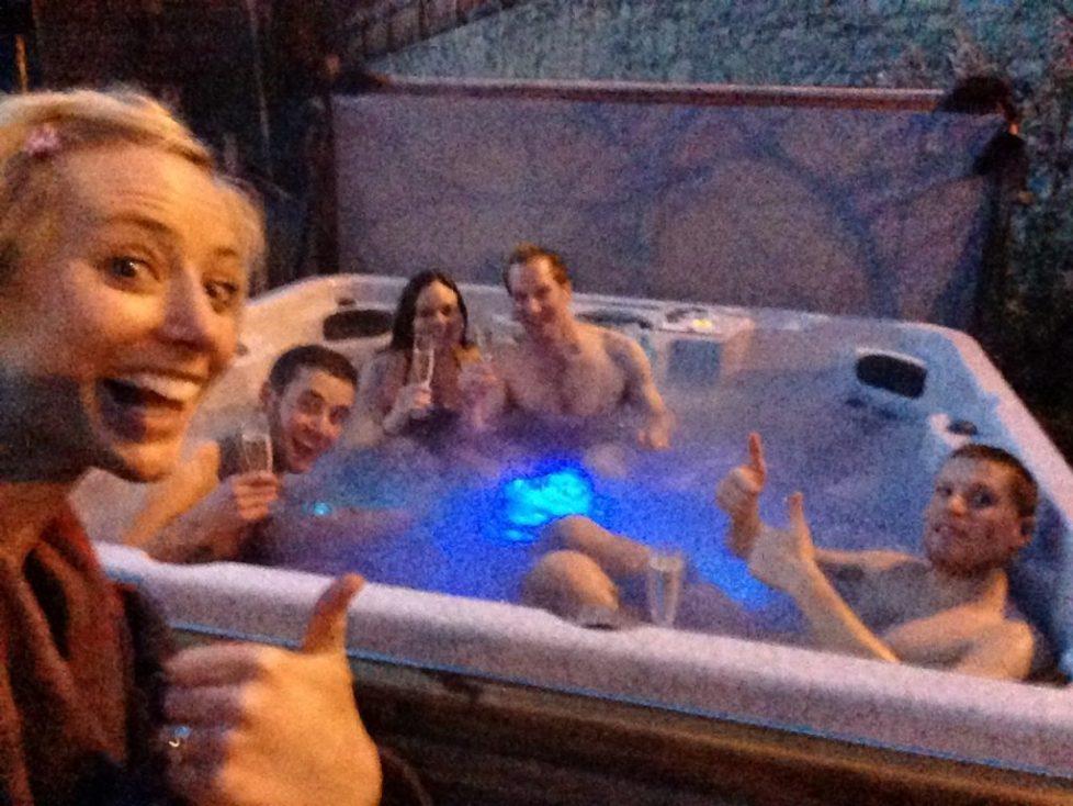 Catered chalet vaujany hot tub
