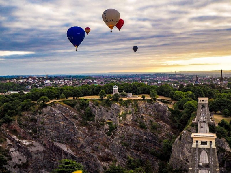 Clifton Observatory, Clifton Suspensions Bridge and hot air balloons