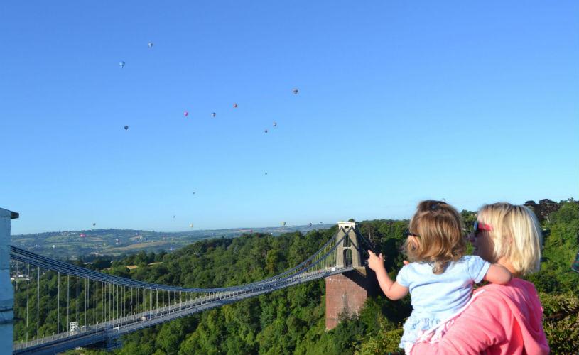Clifton suspension bridge, Bristol International Balloon Fiesta: Free activities in Bristol