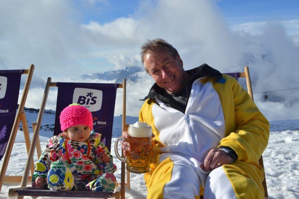multi generational travel - Vaujany sking - family holiday with grandparents