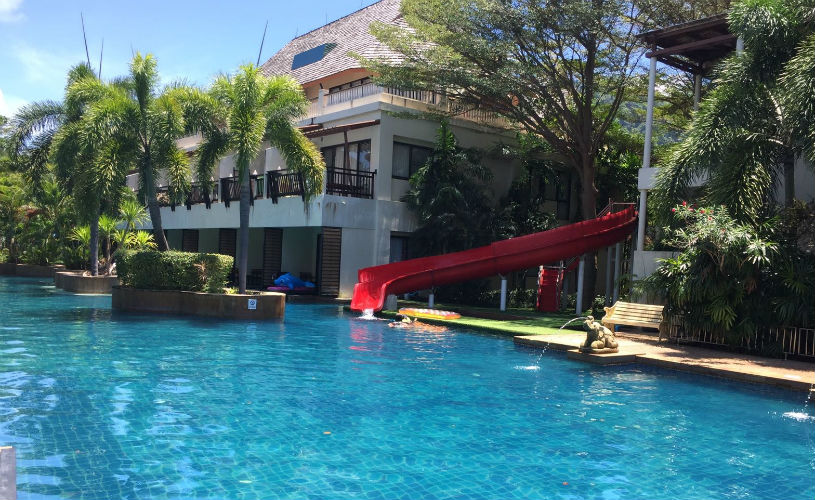Cha da pool room, Koh Lanta - accommodation on the beach - family-friendly places to stay thailand