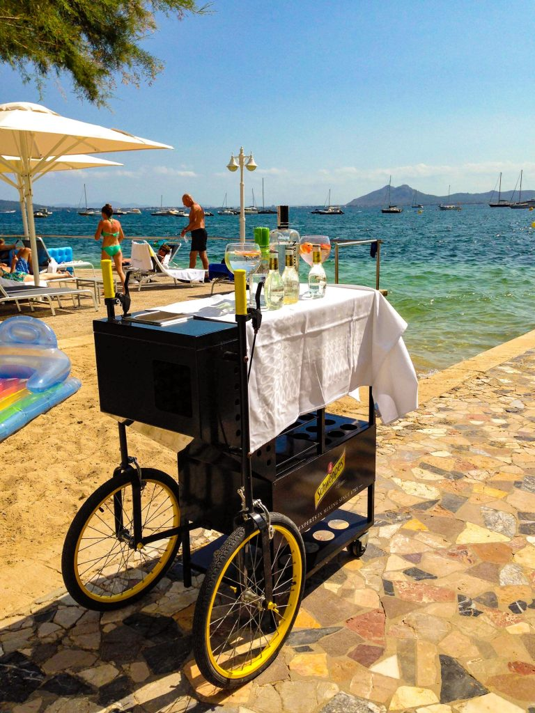 Gin cart - Puerto Pollensa, Holidays in Mallorca with a baby: holiday tips