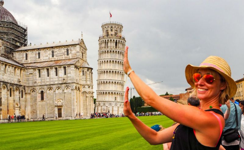Leaning tower of pisa - things to do in Tuscany near Park Albatros
