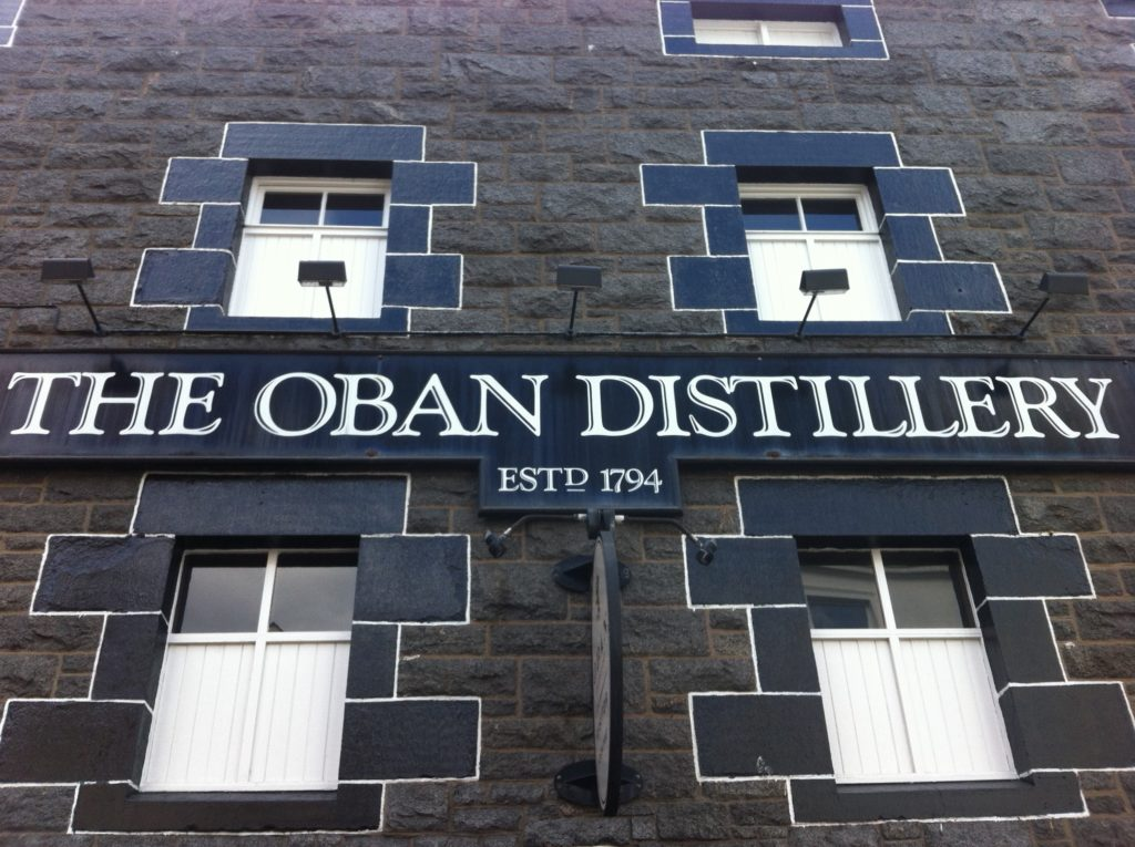 Oban Whisky distillery: Things to do on Mull