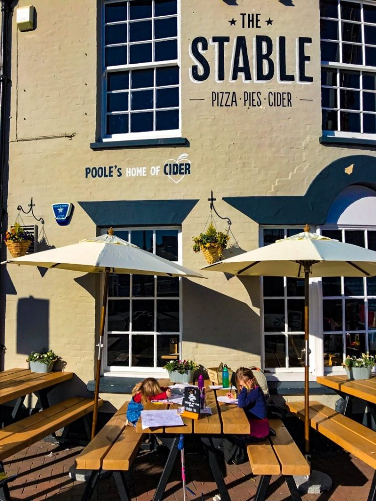 restaurants in Poole_The Stable